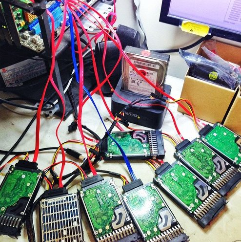 8 Drive SAS RAID Data Recovery